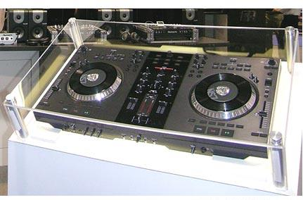 for sale numark ns7 dj turntable pioneer djm 1000 mixer forum. Black Bedroom Furniture Sets. Home Design Ideas
